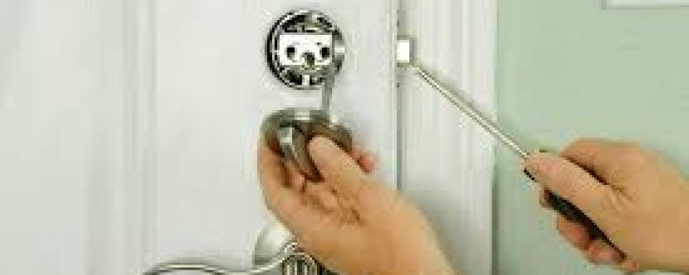 Locksmith Lake Worth ready to help you with all kind of lock problem